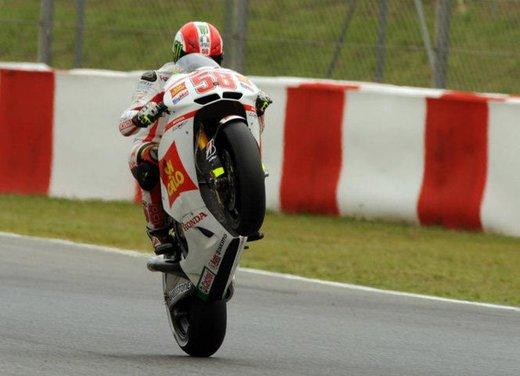 Al GP di Valencia tutti in pista col 58 di Marco Simoncelli - Foto 17 di 42