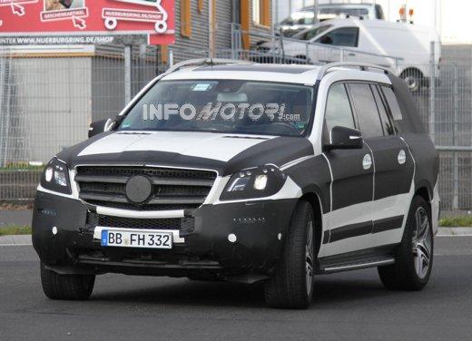 Mercedes GL AMG nuove foto spia dalla Germania
