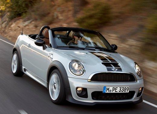 Mini svela la nuova Mini Roadster, foto e dati ufficiali
