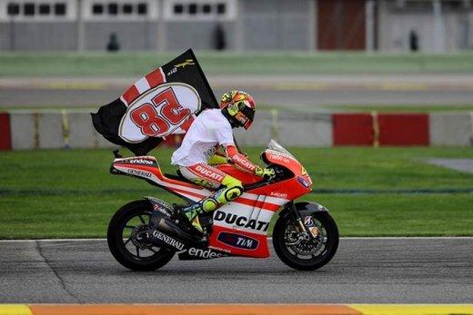 I piloti del MotoGP ricordano Marco Simoncelli - Foto 17 di 18