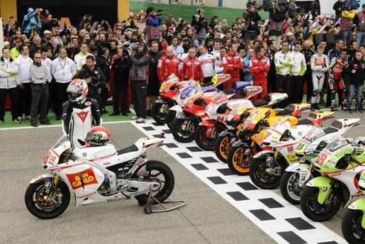 I piloti del MotoGP ricordano Marco Simoncelli - Foto 18 di 18