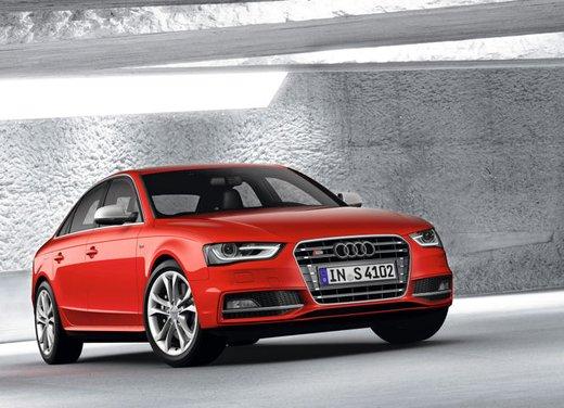 Audi S4 - Foto 2 di 12
