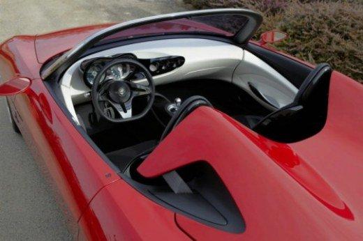 Nuova Alfa Romeo Spider Duetto - Foto 12 di 19