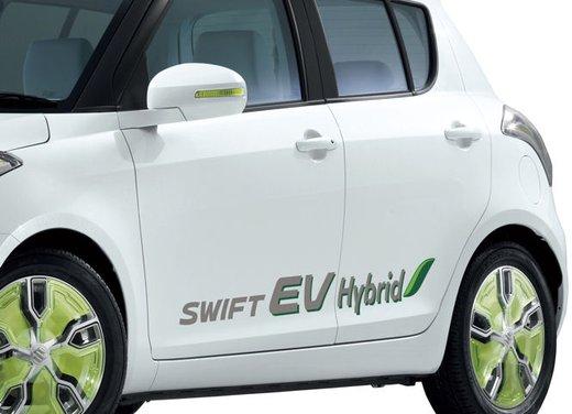 Suzuki Swift EV Hybrid - Foto 15 di 19