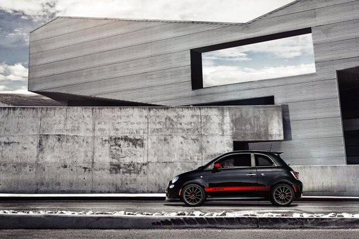 Fiat 500 Abarth spot tv per il Superbowl 2012 - Foto 5 di 37