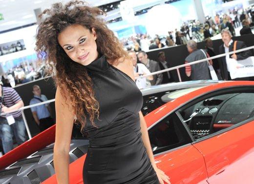 Tutte le ragazze del Salone di Los Angeles 2011 - Foto 8 di 20