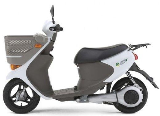 Suzuki e-Let's in commercio in Giappone - Foto 1 di 12