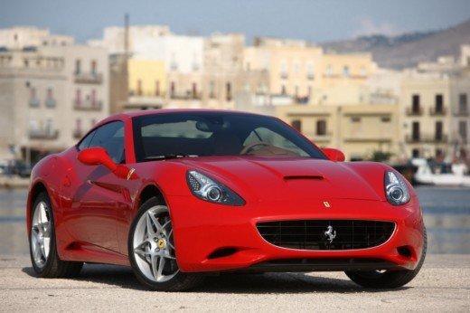 Ferrari Club per i Collezionisti che possiedono più di 5 Ferrari - Foto 4 di 17