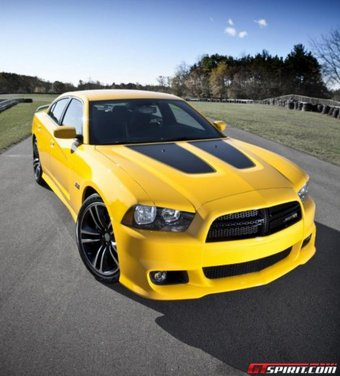Dodge Charger SRT8 Super Bee - Foto 7 di 16