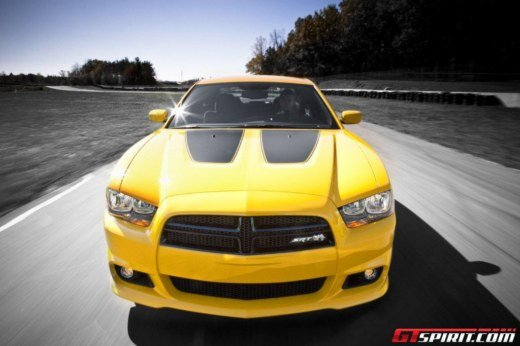 Dodge Charger SRT8 Super Bee - Foto 12 di 16