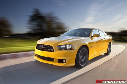 Dodge Charger SRT8 Super Bee - Foto 2 di 16