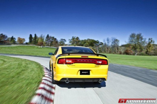 Dodge Charger SRT8 Super Bee - Foto 13 di 16