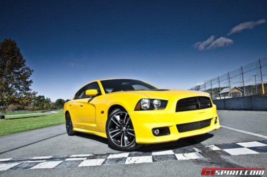 Dodge Charger SRT8 Super Bee - Foto 1 di 16