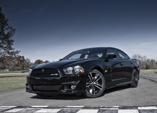 Dodge Charger SRT8 Super Bee - Foto 16 di 16