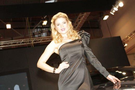 Tutte le più belle ragazze del Salone di Essen 2011 - Foto 9 di 25