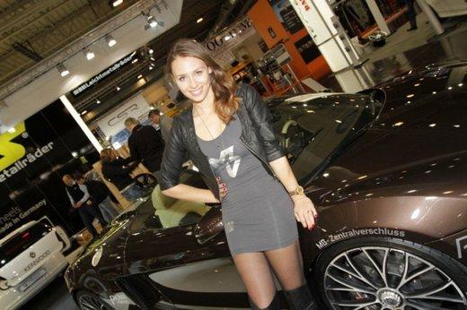 Tutte le più belle ragazze del Salone di Essen 2011 - Foto 18 di 25