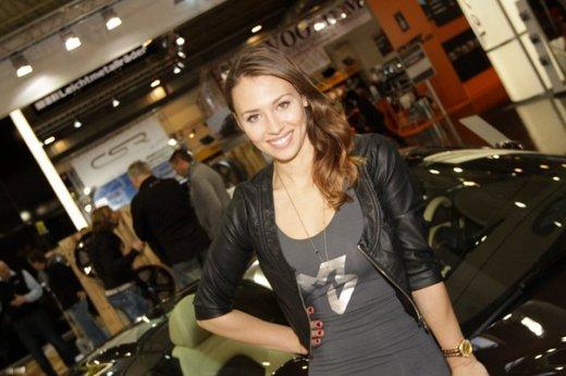 Tutte le più belle ragazze del Salone di Essen 2011 - Foto 19 di 25