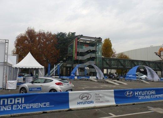 Panoramica dagli stand del Motor Show di Bologna 2011 - Foto 38 di 41