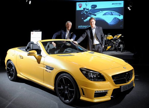 Mercedes SLK 55 AMG Streetfighter Yellow - Foto 8 di 16