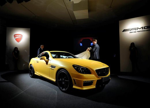 Mercedes SLK 55 AMG Streetfighter Yellow - Foto 7 di 16