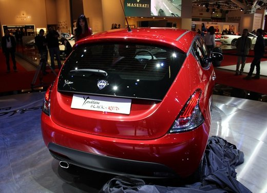Lancia Ypsilon Black&Red - Foto 4 di 46