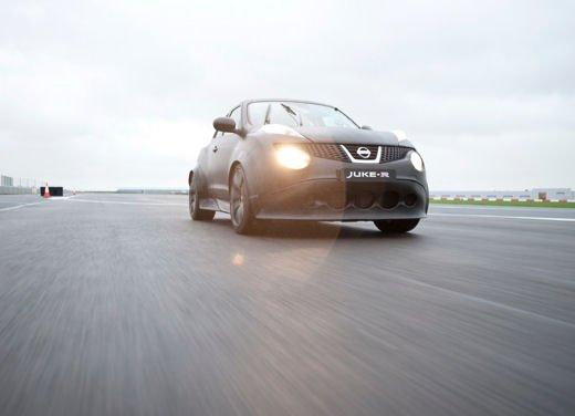 Nissan Juke-R - Foto 3 di 11