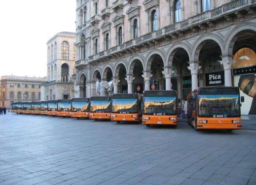 Blocco del traffico in fascia verde a Roma lunedì 7 gennaio 2013 - Foto 4 di 9