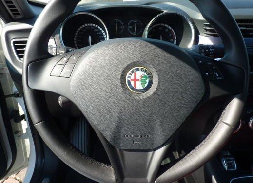 Alfa Romeo Giulietta a tutto gas con il 1400 Turbo benzina GPL da 120 CV - Foto 2 di 48