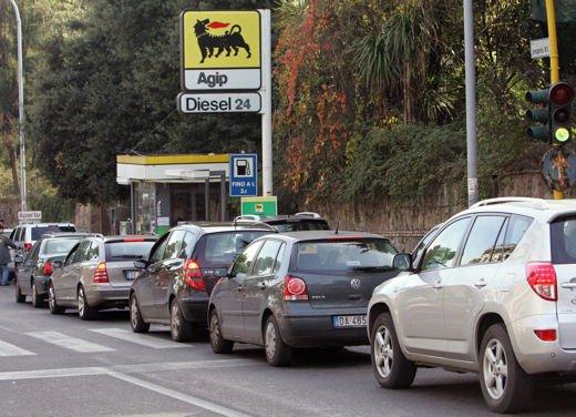 Decreto Cresci Italia per la liberalizzazione dei carburanti: ecco i punti chiave
