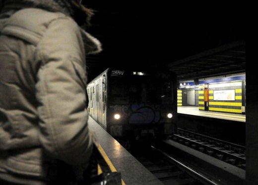 Prefetto di Milano precetta i macchinisti della linea rossa della Metro di Milano per salvare la Fiera - Foto 5 di 5