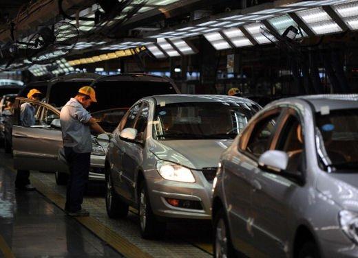 Mercato auto in Cina soffre e spuntano i dazi contro le auto prodotte negli USA - Foto 3 di 8