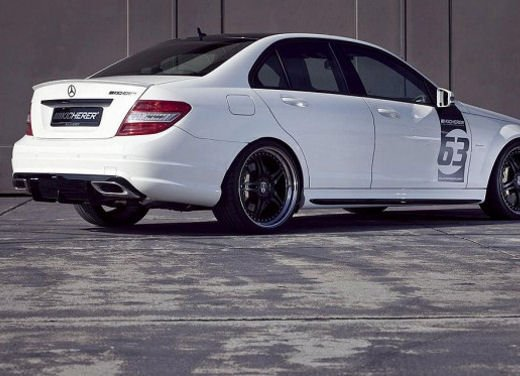 Mercedes-Benz C63 AMG White Edition - Foto 9 di 10