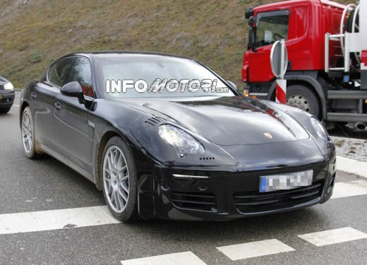 Nuova Porsche Panamera Facelift 2013 - Foto 3 di 9