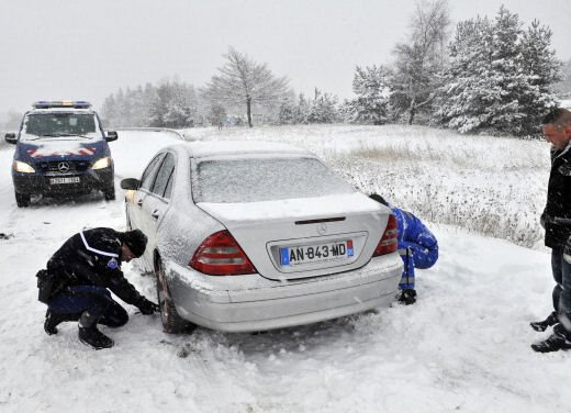 Obbligo catene a bordo e gomme da neve: le strade del Veneto