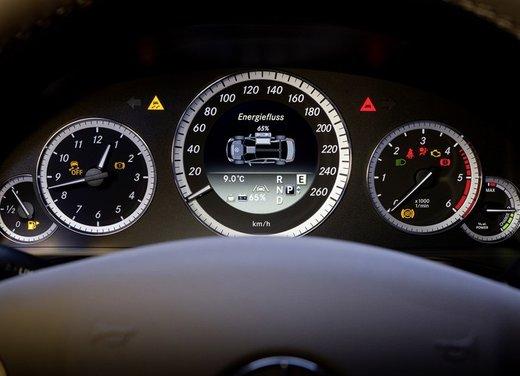 Mercedes E 300 BlueTEC HYBRID - Foto 9 di 11