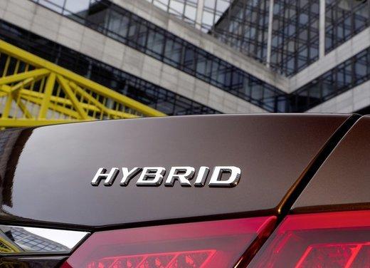 Mercedes E 400 Hybrid - Foto 7 di 11