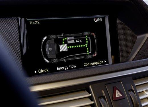 Mercedes E 400 Hybrid - Foto 10 di 11