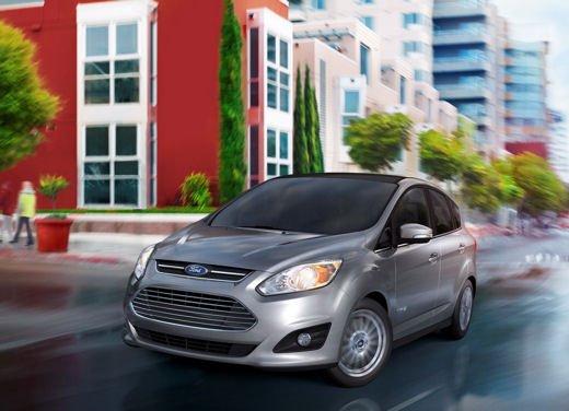 Il motore Ford EcoBoost 1.0 su Ford C-Max e C-Max 7