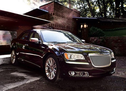 Nuova Chrysler 300 Luxury Edition