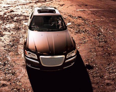 Nuova Chrysler 300 Luxury Edition - Foto 2 di 14