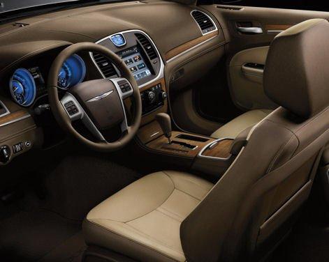 Nuova Chrysler 300 Luxury Edition - Foto 5 di 14
