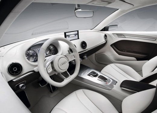 Audi R8 e-Tron confermata la produzione nel 2012 - Foto 13 di 14