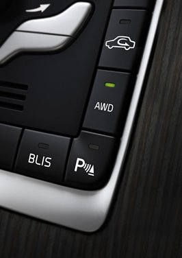 Volvo XC60 ibrida plug-in Concept - Foto 31 di 36
