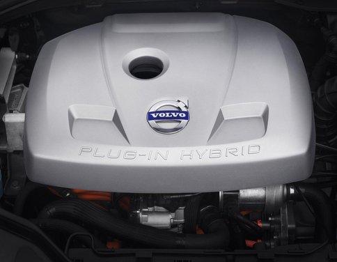 Volvo XC60 ibrida plug-in Concept - Foto 33 di 36