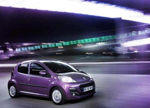 Peugeot 107 - Foto 15 di 21