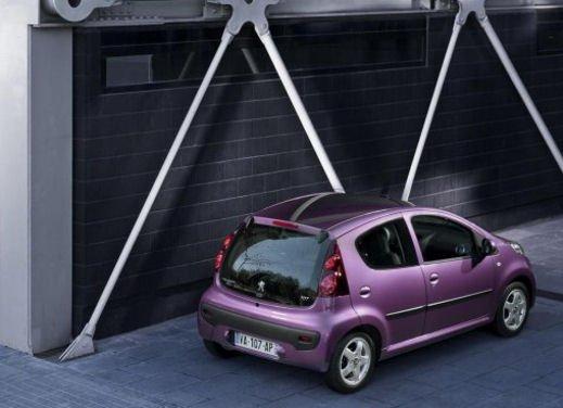 Peugeot 107 - Foto 20 di 21