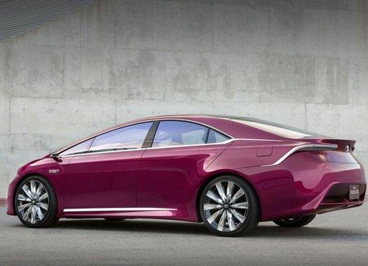 Toyota NS4 Plug-In Hybrid Concept - Foto 21 di 24
