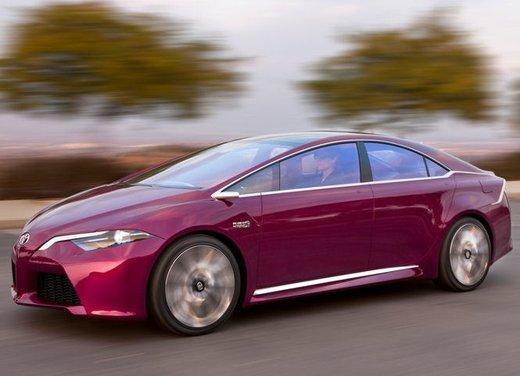 Toyota NS4 Plug-In Hybrid Concept - Foto 14 di 24