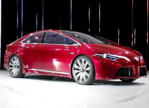 Toyota NS4 Plug-In Hybrid Concept - Foto 1 di 24