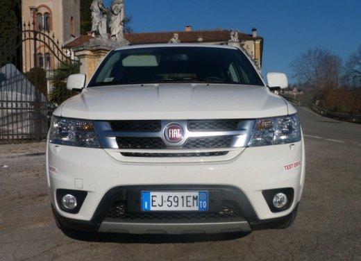 Fiat Freemont provata su strada la nuova crossover Fiat - Foto 7 di 39